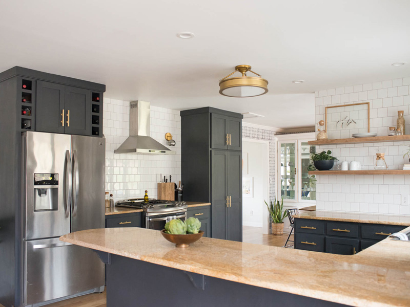 Before - After: Tận dụng đồ nội thất cũ để cải tạo bếp chi phí thấp không ngờ