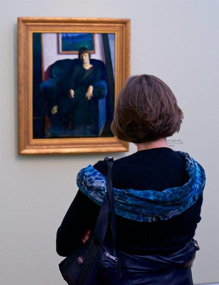 People matching artworks hình 9