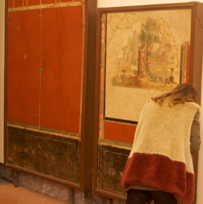 People matching artworks hình 4