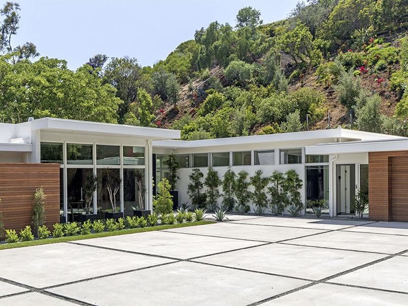 Biệt thự nghỉ dưỡng hiện đại tại Beverly Hills của Cindy Crawford và Rande Gerber