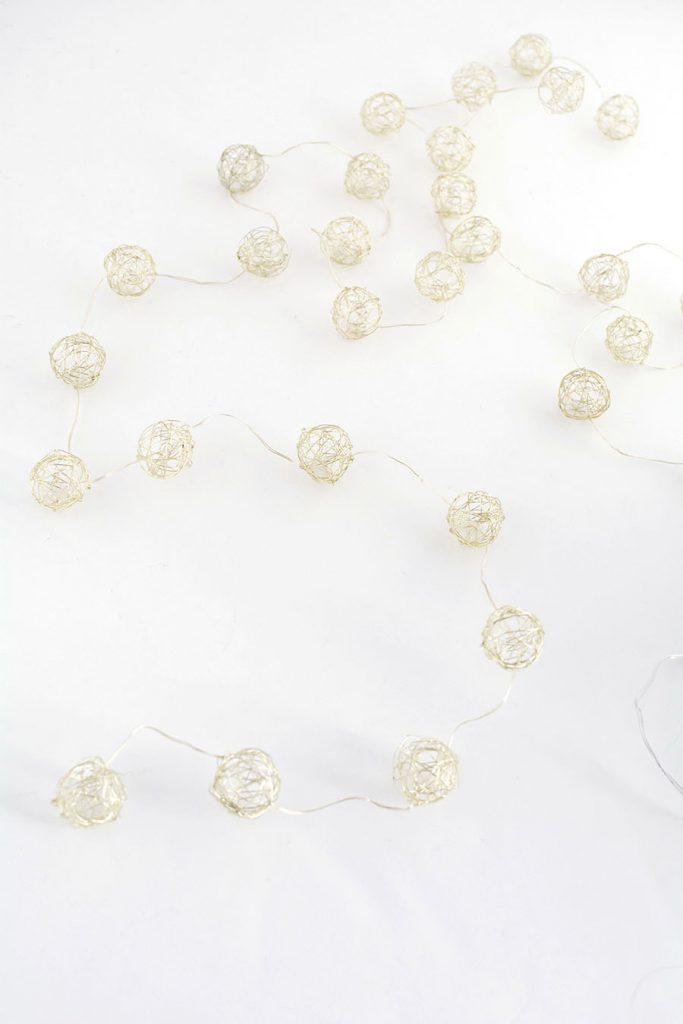 DIY - dây đèn trang trí từ lá olive - 1