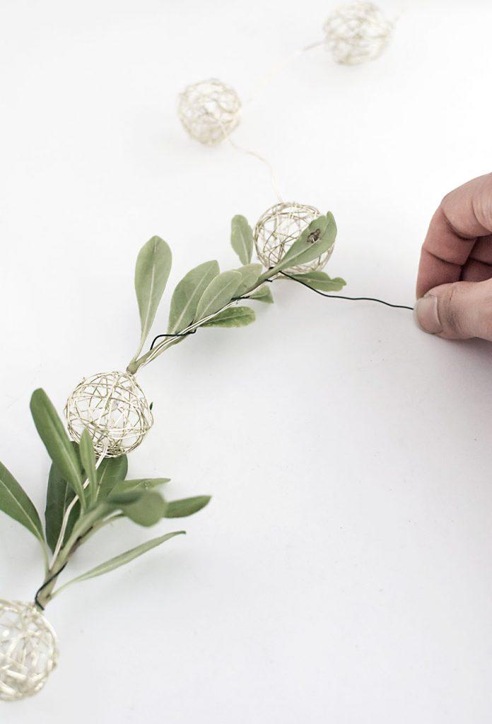 DIY - dây đèn trang trí từ lá olive - 2