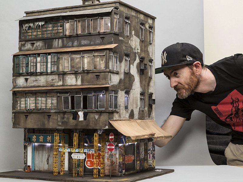 Joshua Smith tái hiện khung cảnh chợ đêm Hong Kong qua mô hình kiến trúc tí hon