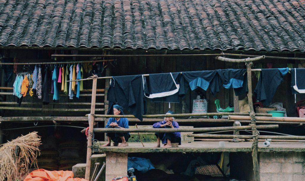 hình thái học bản làng