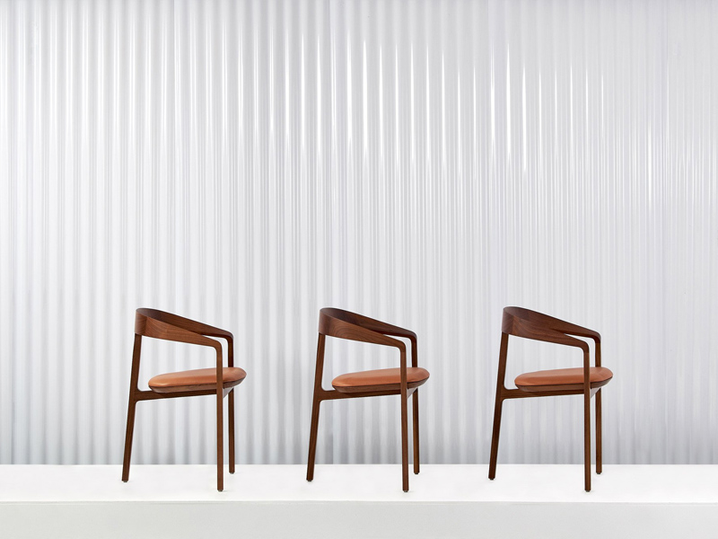 nội thất cho cửa hàng Louis Vuitton 6