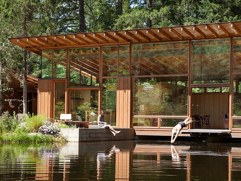 10 ngôi nhà tuyệt đẹp bên hồ nước