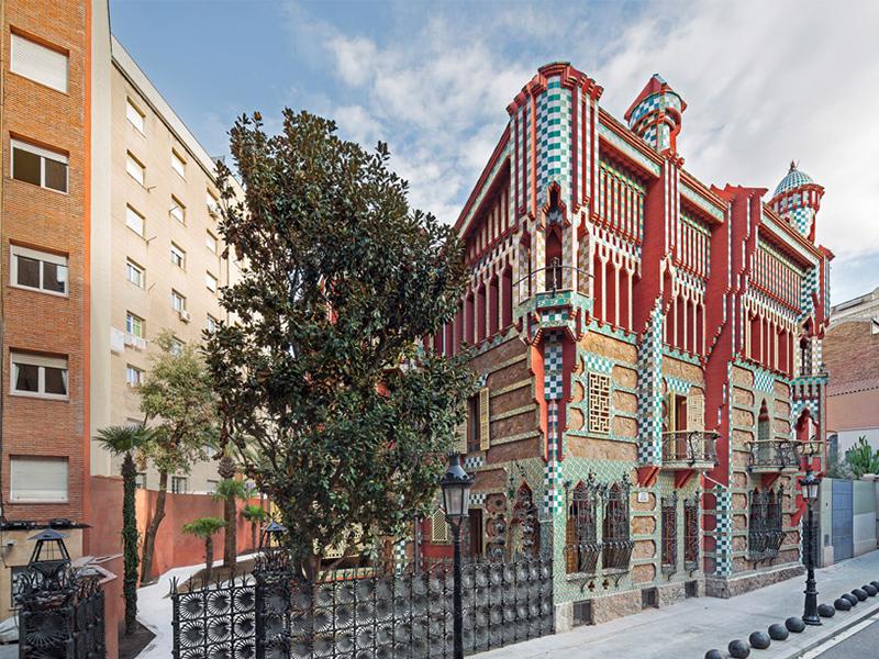 Casa Vicens - Dự án khu dân cư đầu tiên của Antoni Gaudí khai trương sau khi được tôn tạo