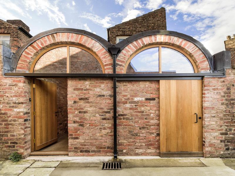 Khu nhà mở rộng hình vòm đôi của studio Ben Allen