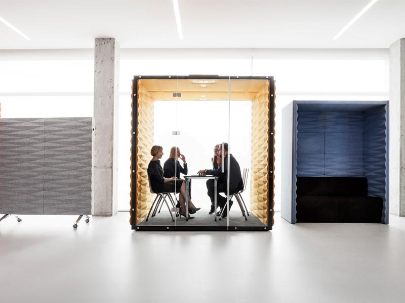 Hộp Vank - Không gian làm việc riêng cho văn phòng mở