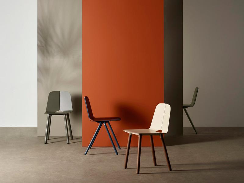 """Seam-bàn ghế ngoại thất kim loại mang """"mép nối"""" của vải"""