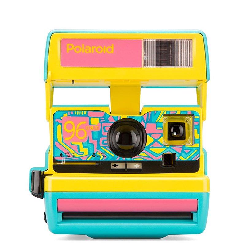 máy ảnh polaroid 2