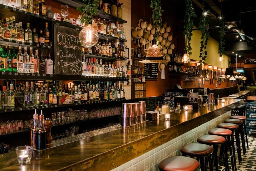 quán bar ở Singapore 5