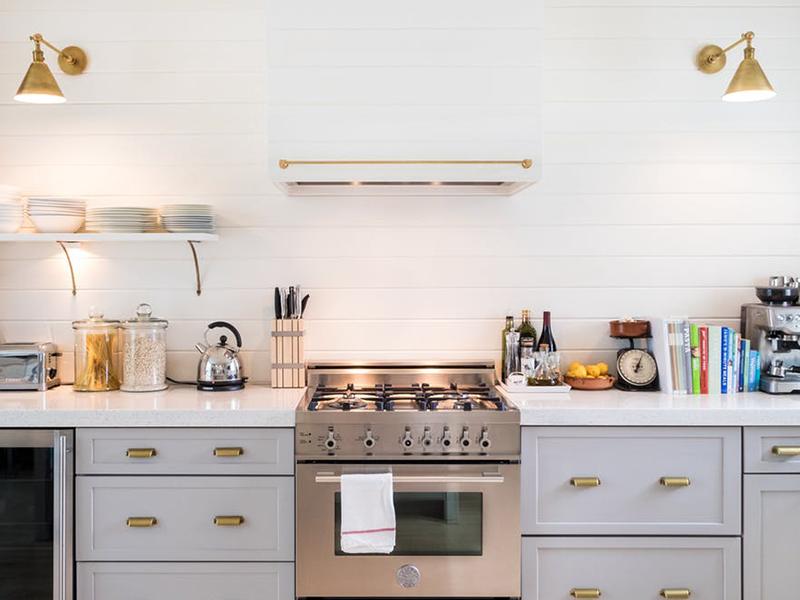 Dụng cụ bếp và 5 mẹo lưu trữ hữu ích