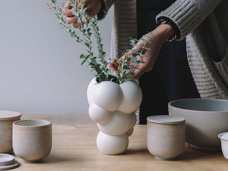 Chiếc bình gốm Skum - Khối bong bóng diệu kỳ