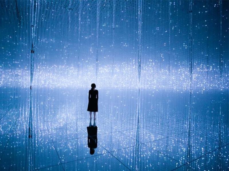 Triển lãm kỹ thuật số Body Immersive - Lửng lơ giữa mộng tưởng