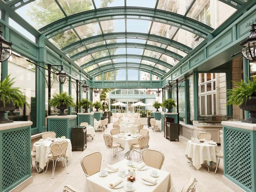 khách sạn Paris 9