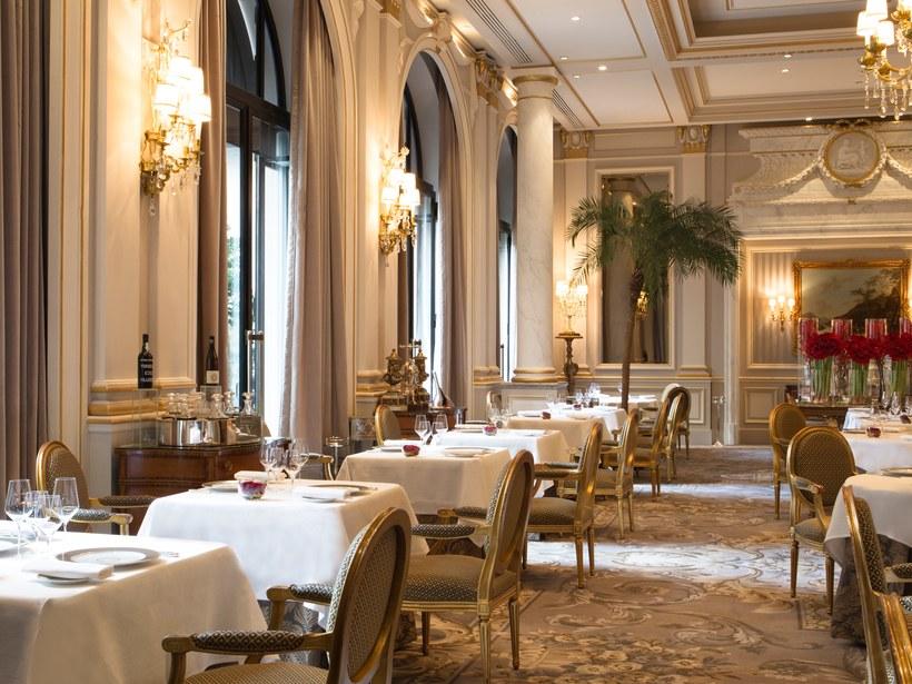 khách sạn Paris 1