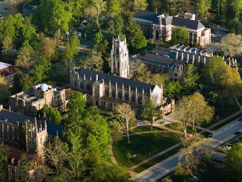 trường đại học 2