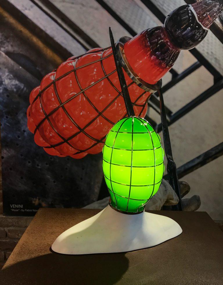 đèn thủy tinh 2