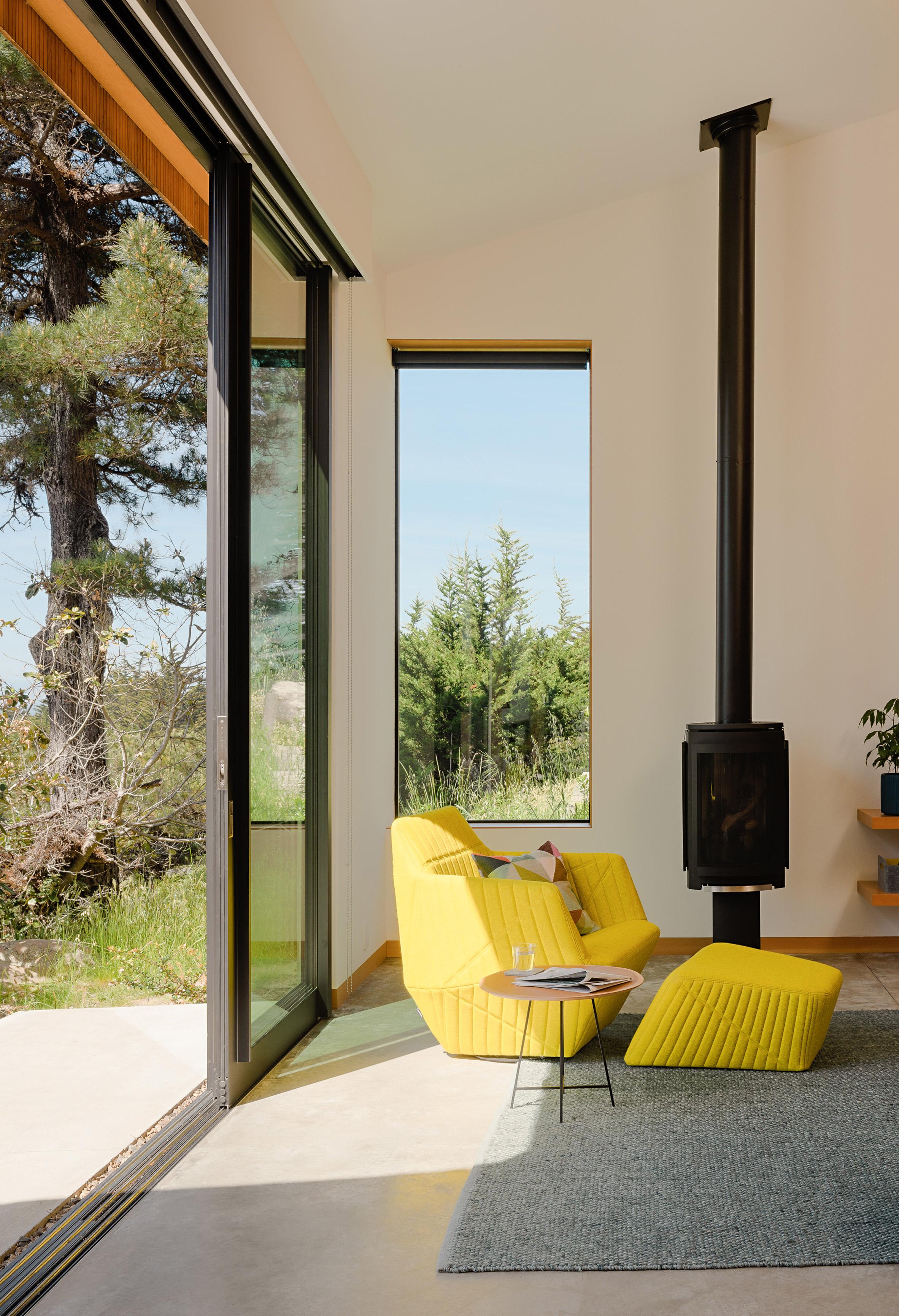 nhà bên biển coastal-retreat-malcolm-davis-architecture-sea-ranch-sonoma-county-califorinia-relaxing-space-elledecoration vn 6
