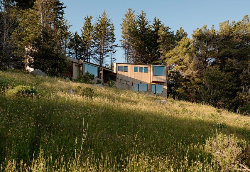 nhà bên biển coastal-retreat-malcolm-davis-architecture-sea-ranch-sonoma-county-california elledecoration vn