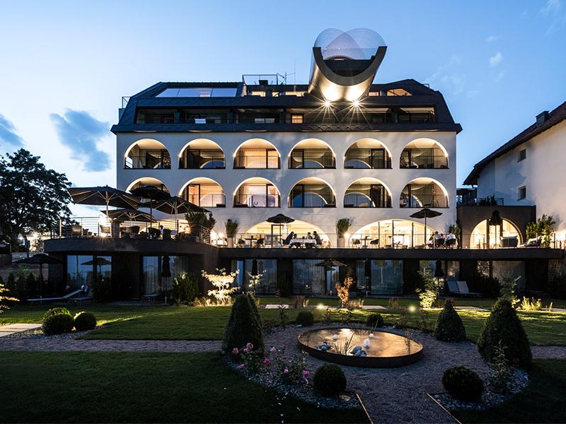 Khách sạn Gloriette - Lãng mạn vẻ đẹp trang nhã hiện đại