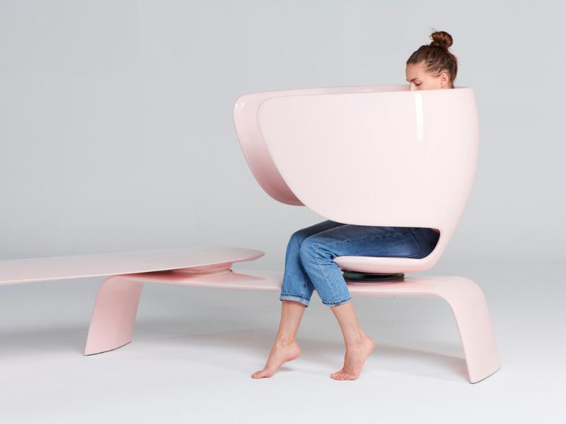 Heer - ghế băng công cộng dành riêng cho các bà mẹ cho con bú
