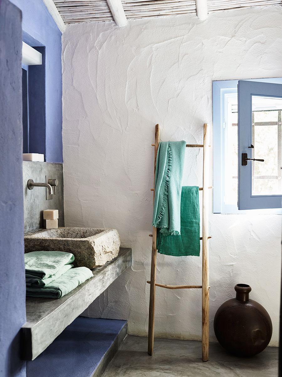 2 thang gỗ nhà tắm
