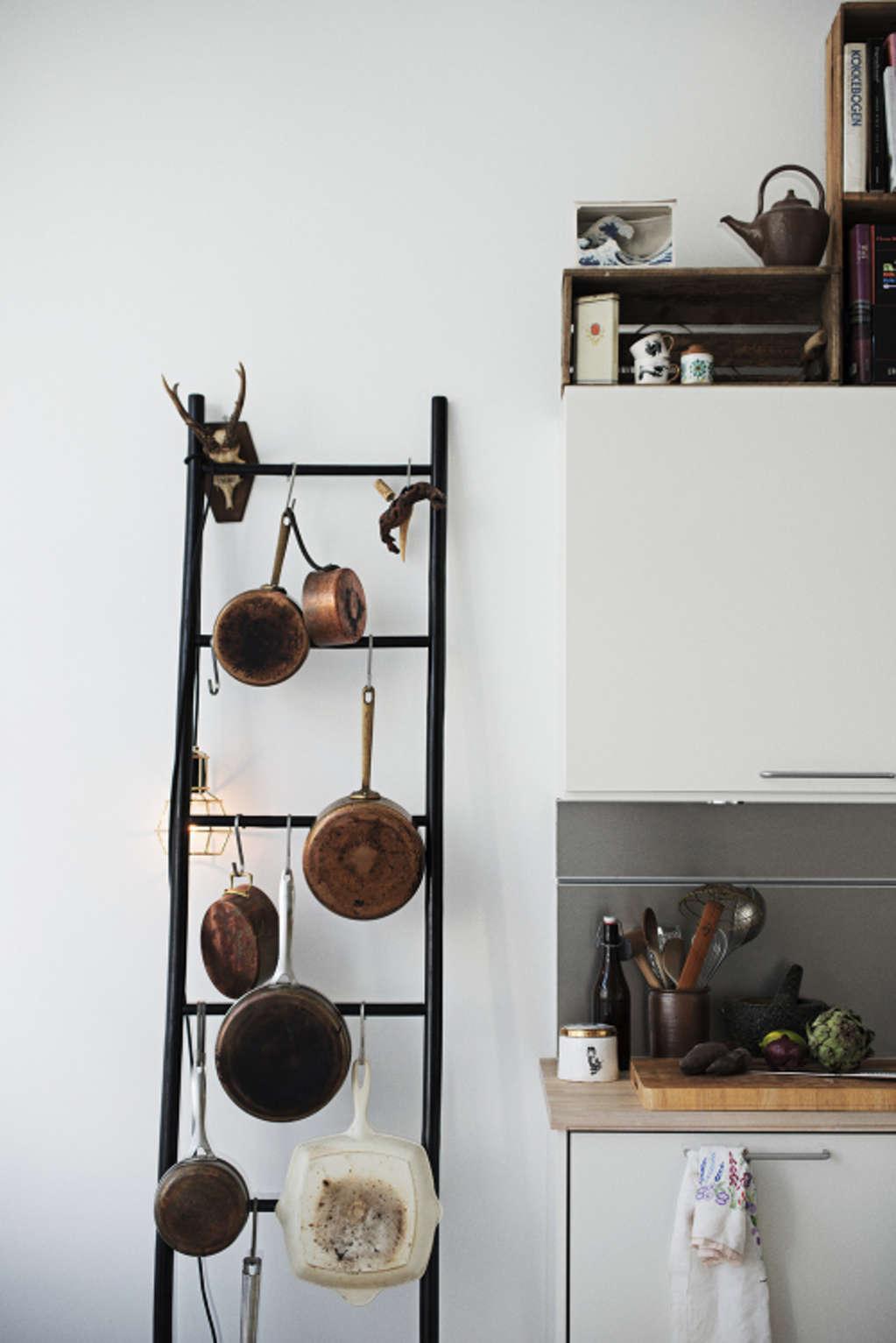 5 thang gỗ ở bếp elledecoration vn