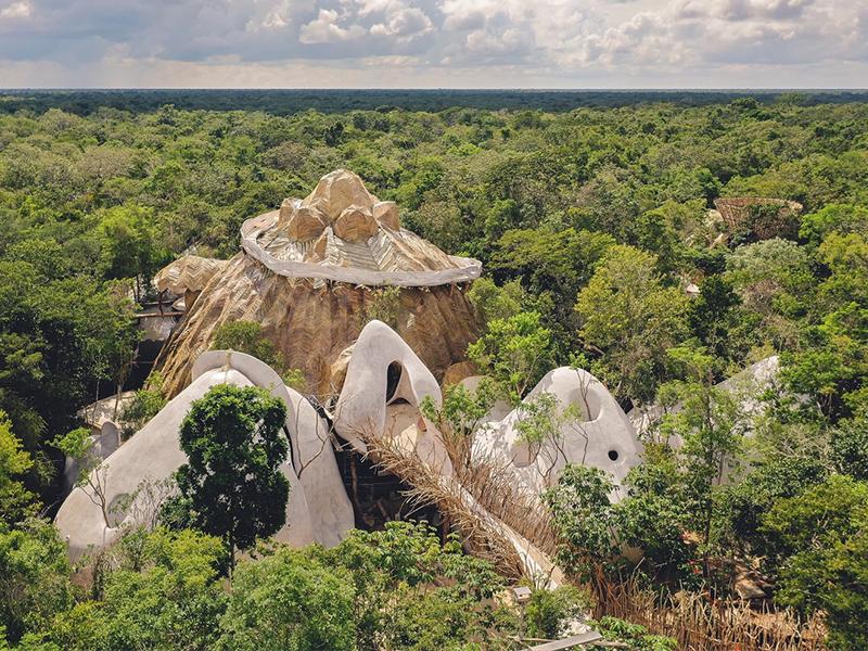 Trung tâm nghệ thuật Azulik Uh May - Dáng hình hiện đại của tự nhiên
