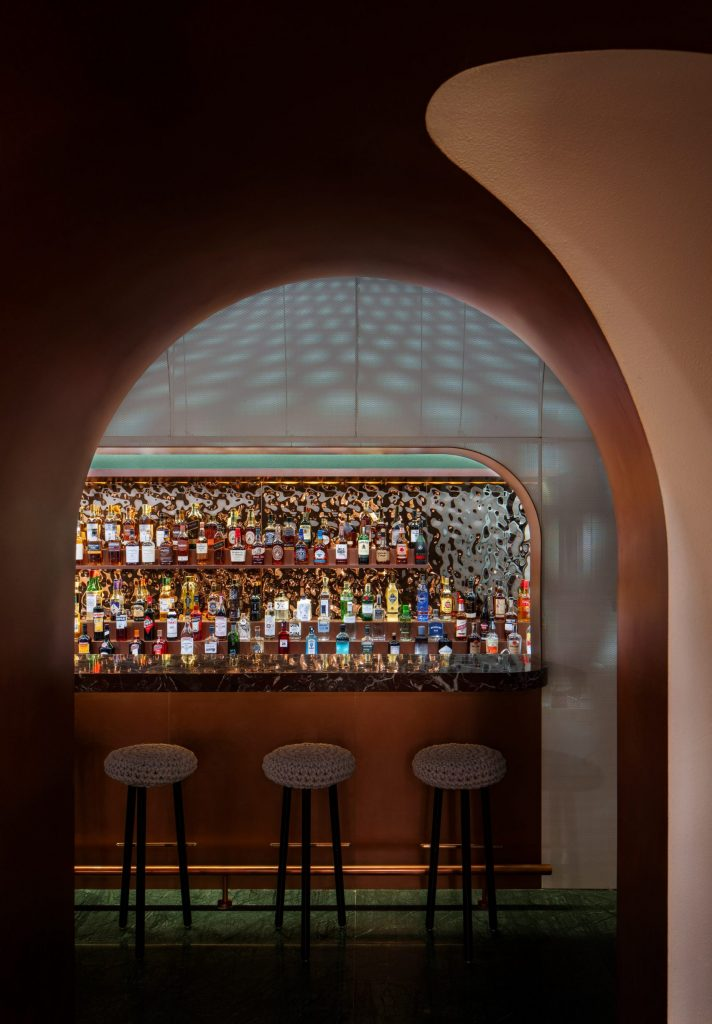quán bar Lotus 3