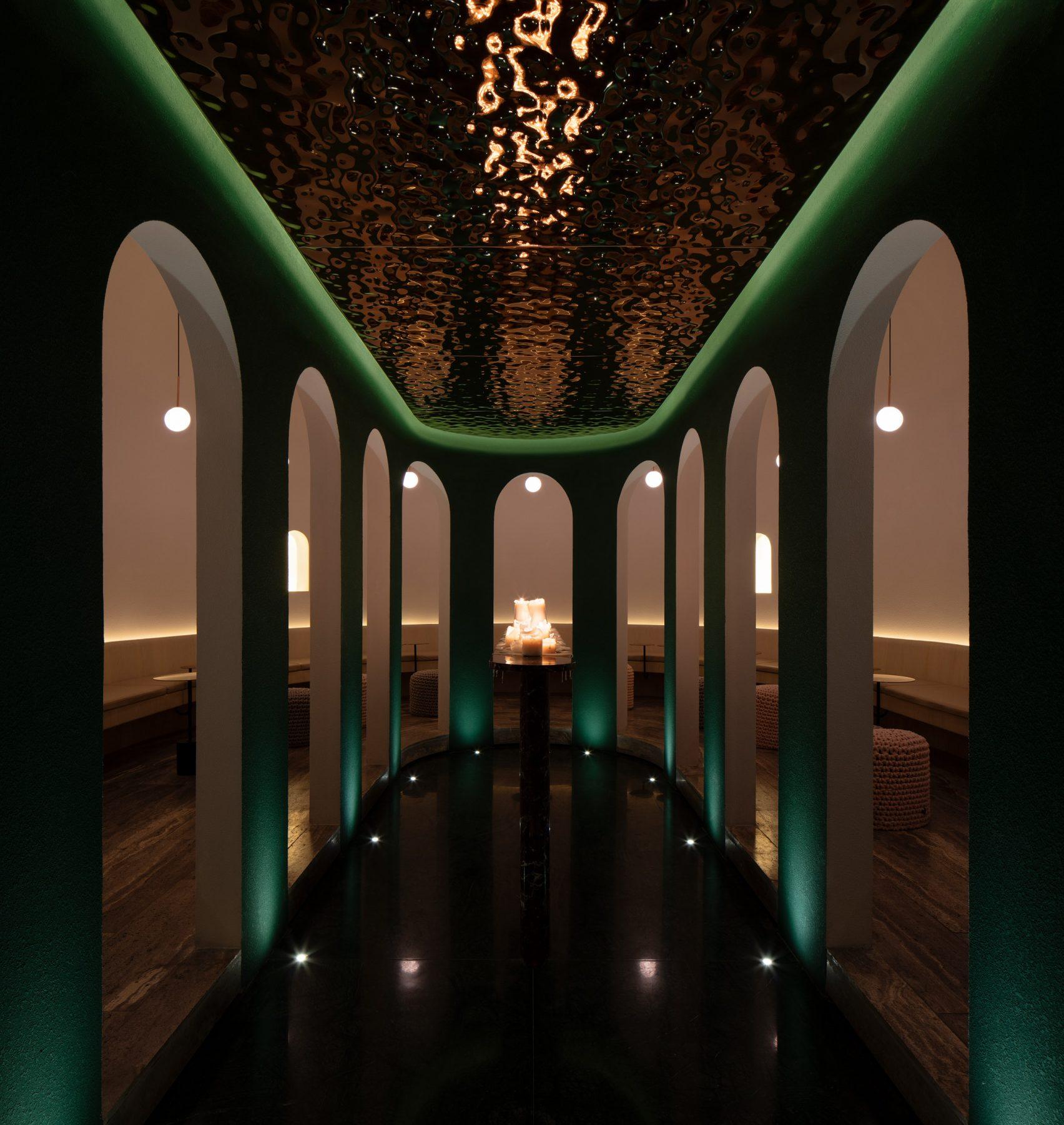 quán bar Lotus 5