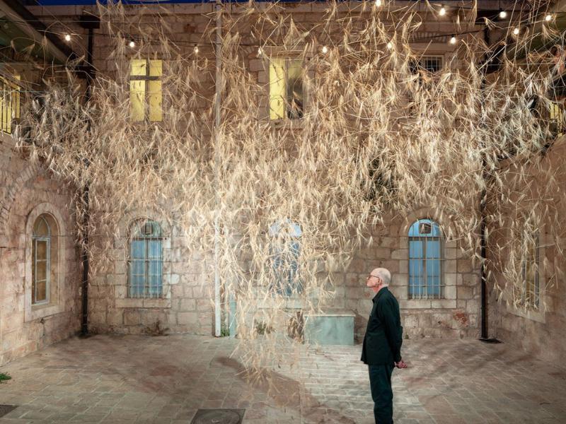 Buổi triển lãm Goren: Cánh đồng lúa mì bềnh bồng giữa không trung