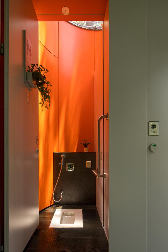 nhà vệ sinh 10