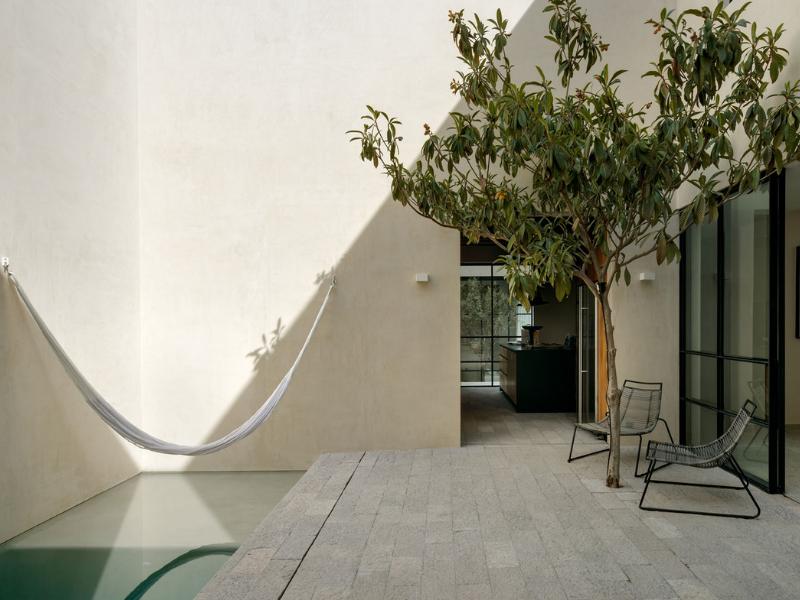 10 giải pháp sân trong thú vị - Ấp ủ tươi trong mát lành của nắng và gió