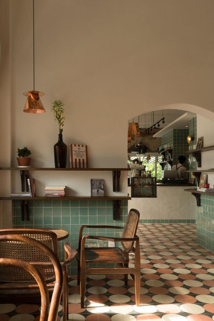 Okkio Caffe – Nghe cà phê kể chuyện hoài niệm Thiết kế quán Cafe Quán cafe văn phòng Phong cách Vintage Phong cách Retro Phong cách Industrial Phong cách công nghiệp
