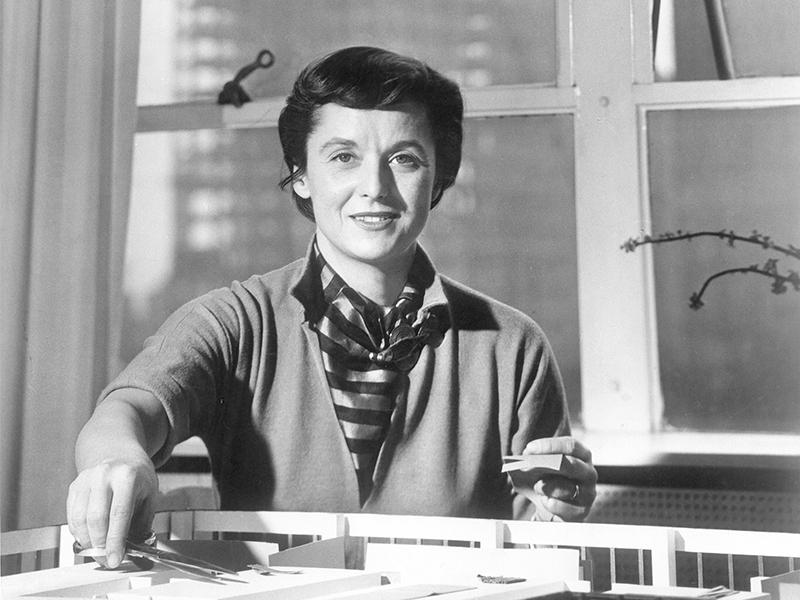 Nhà thiết kế Florence Knoll Bassett qua đời ở tuổi 101