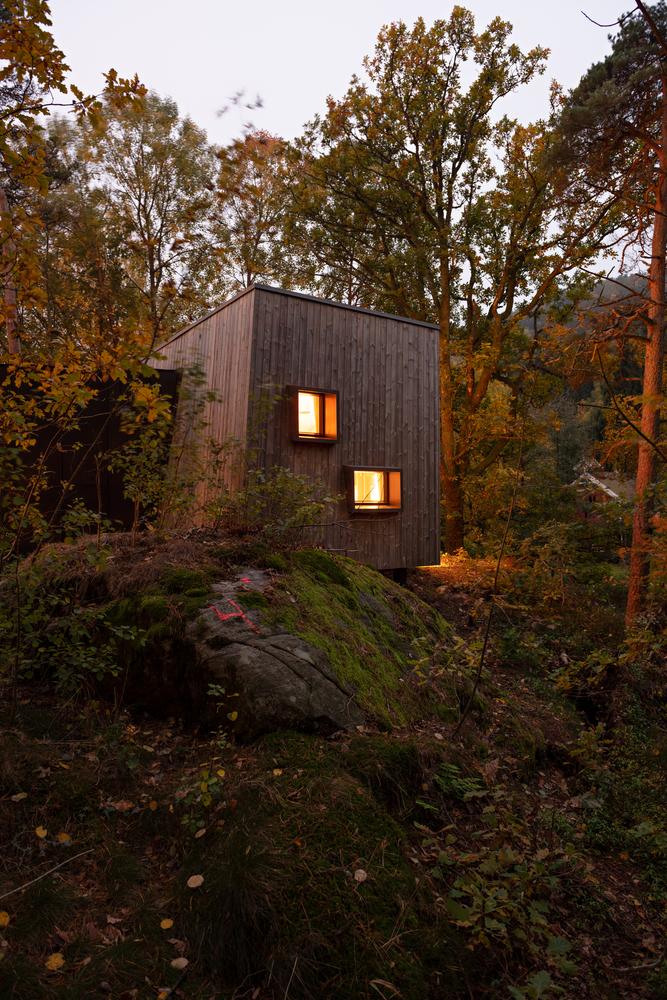 túp lều gỗ 5