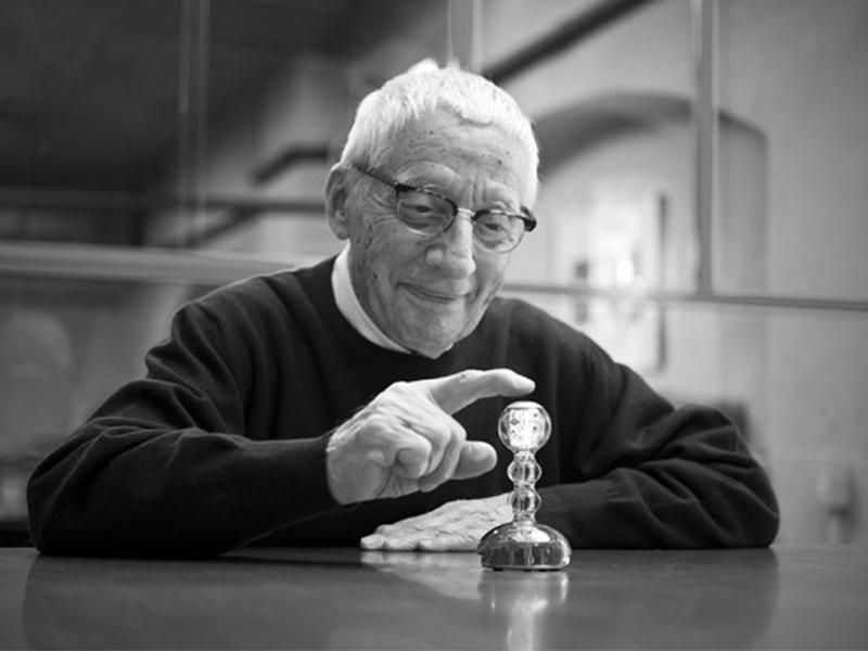 NTK Alessandro Mendini qua đời ở tuổi 87