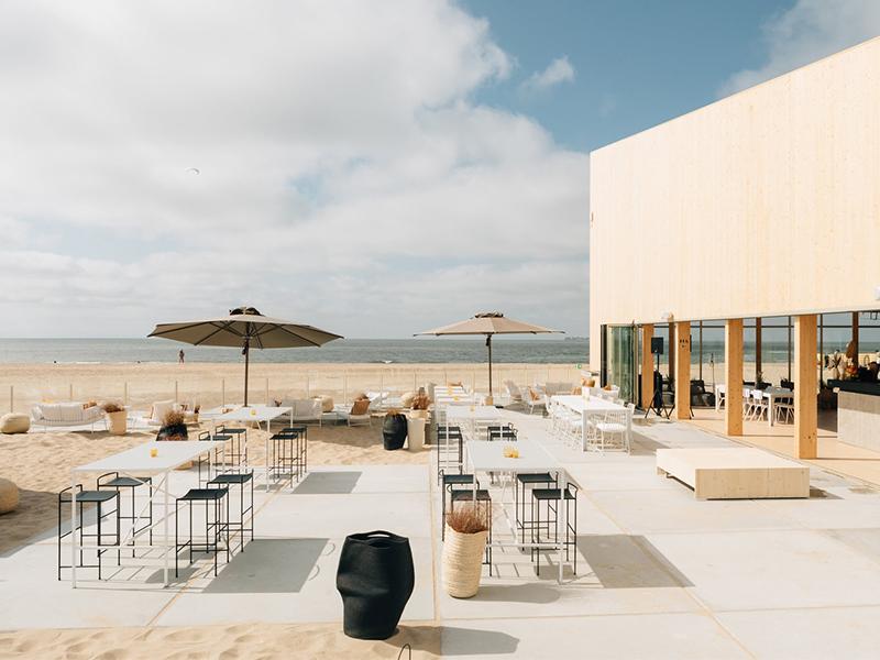 BMW Artville - Không gian triển lãm BMW giữa bãi biển Knokke