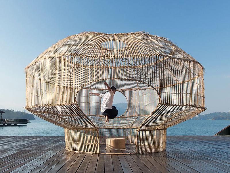 Cheng-Tsung Feng và những tác phẩm đan cài thủ công
