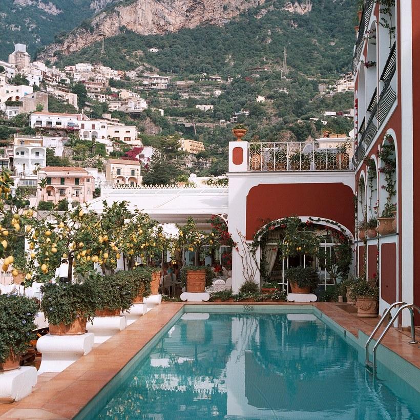 resort 2khách sạn 2