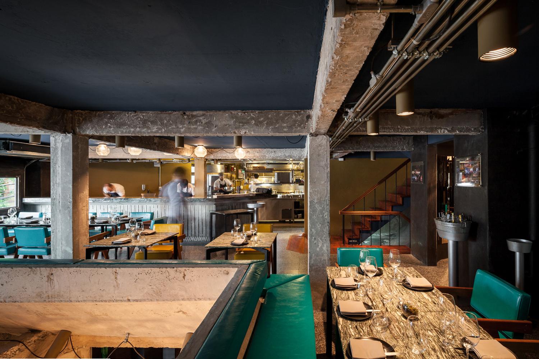 nhà hàng Bunker 6