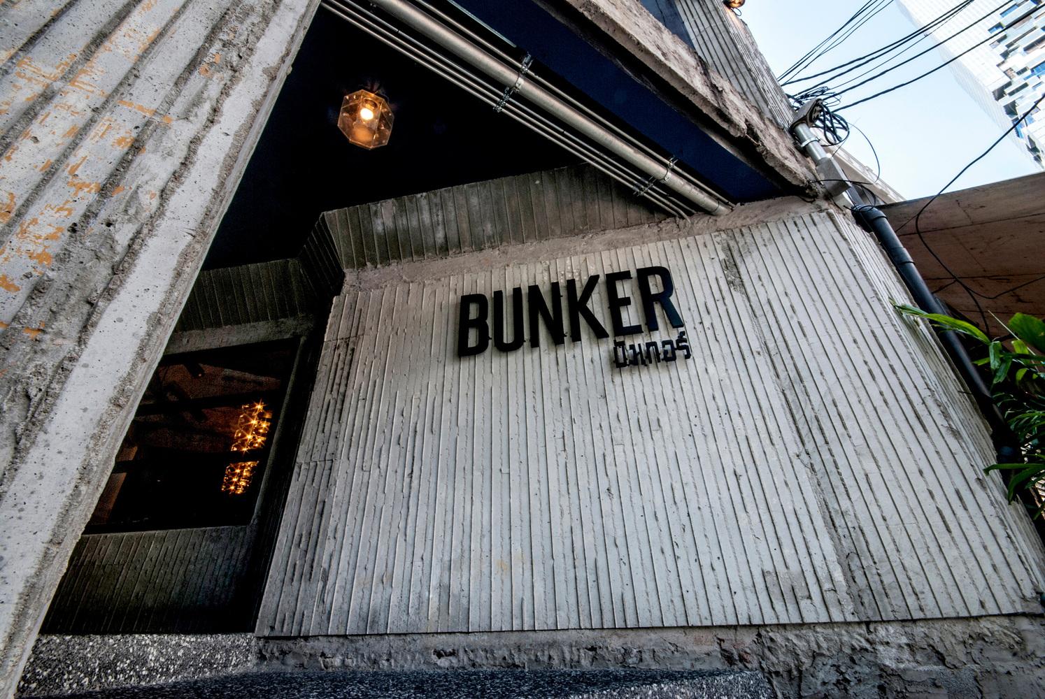 nhà hàng Bunker 8