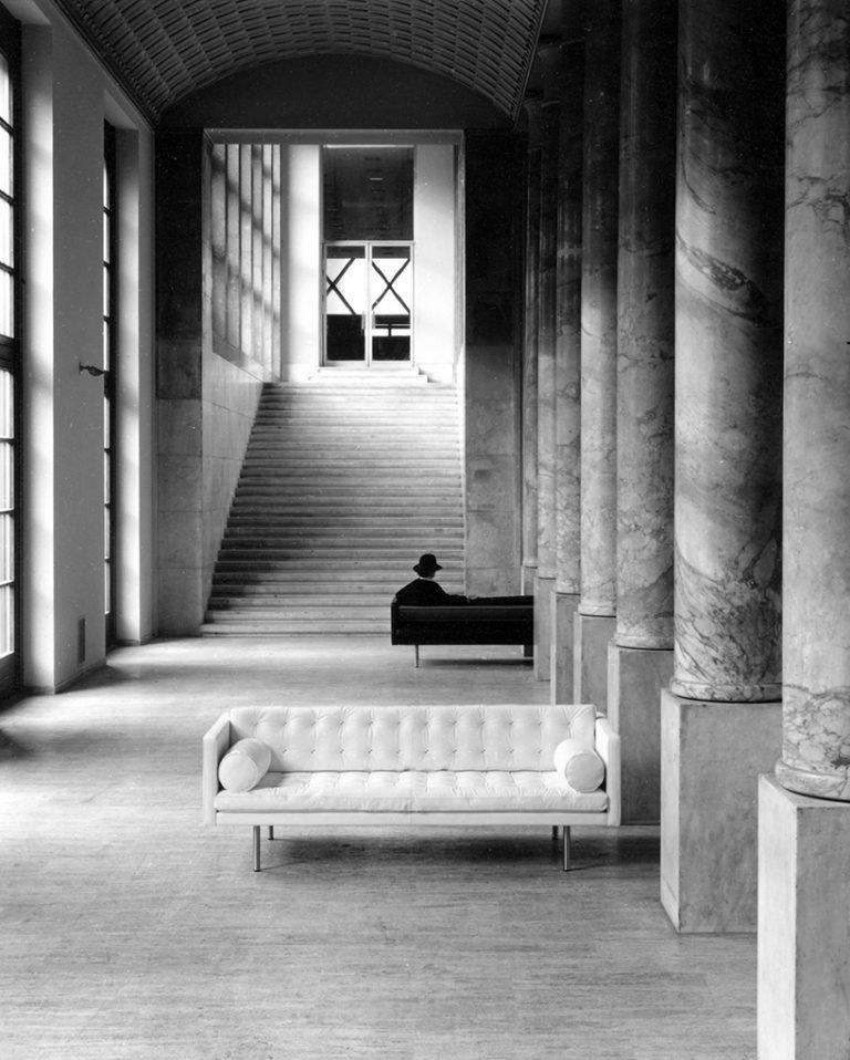 Magister sofa 2