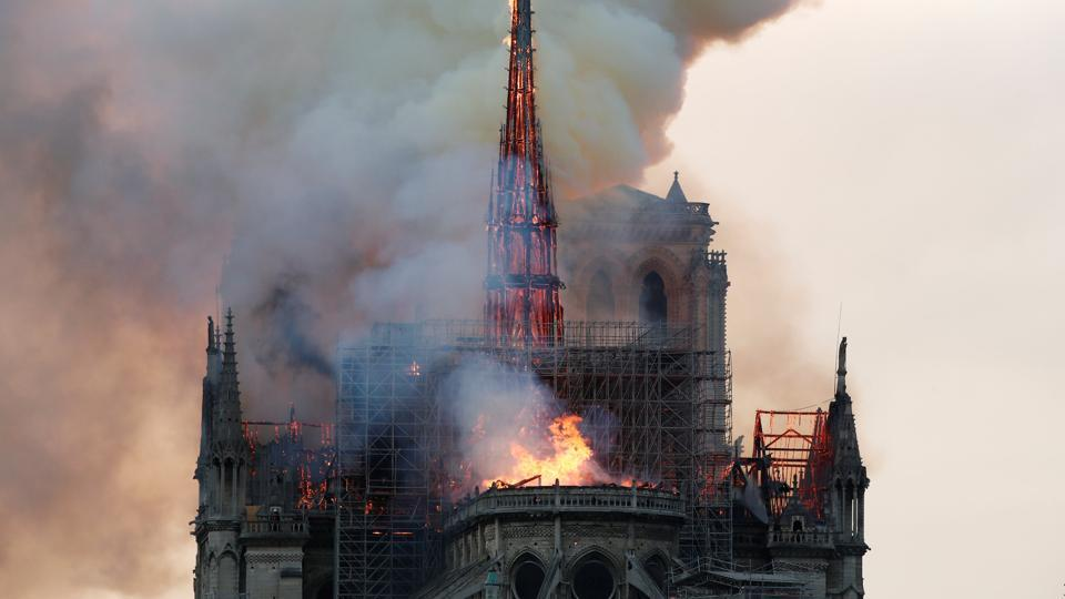 nhà thờ Notre-Dame 4