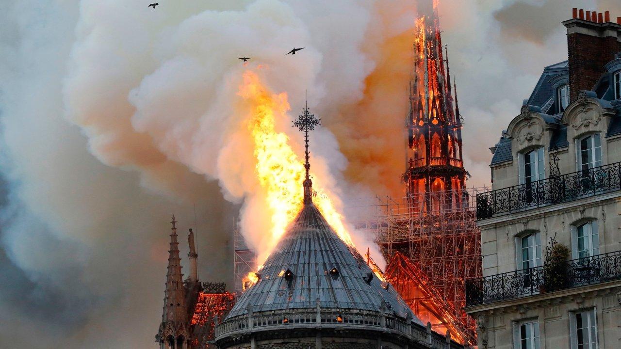 nhà thờ Notre-Dame 3