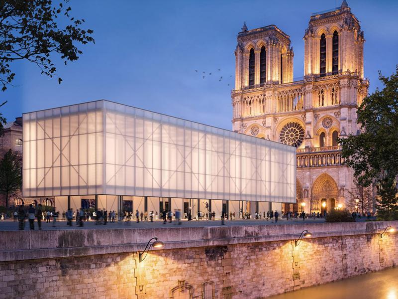 Kiến tạo lều tạm cho Nhà Thờ Notre-Dame