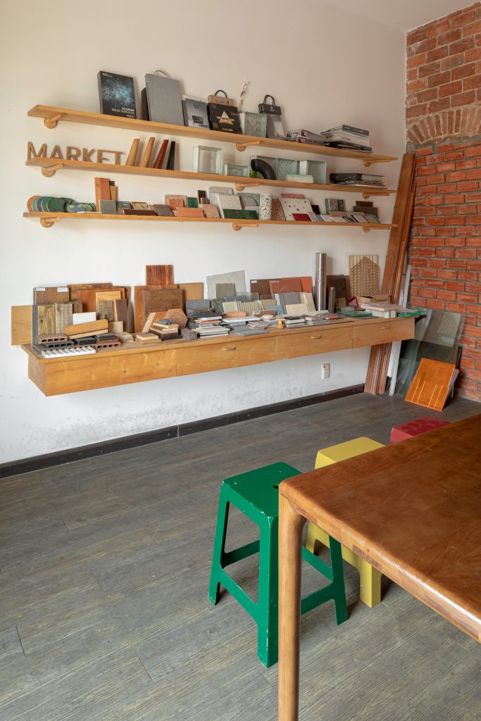 The Lab 4