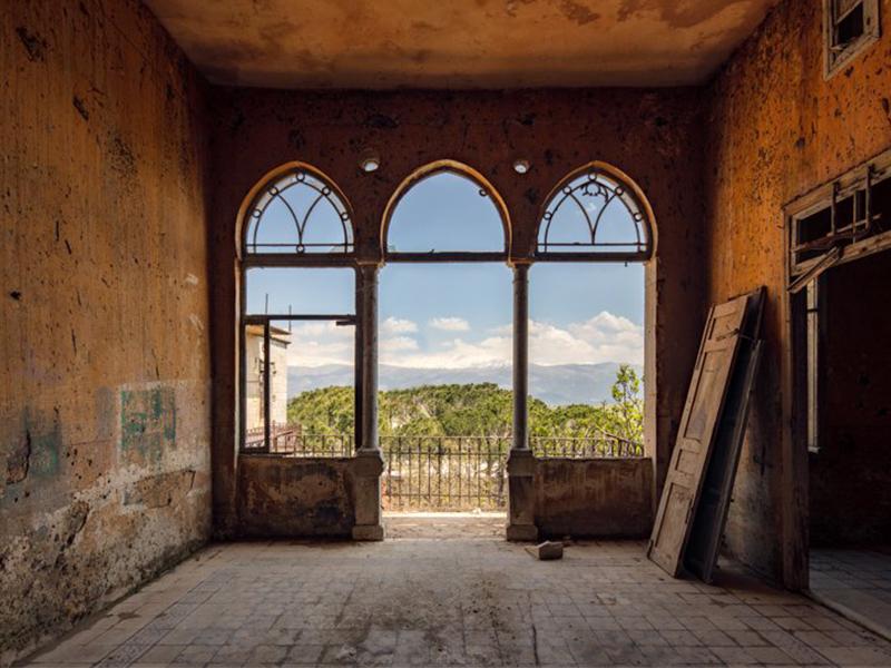 Lebanon: A Paradise Lost - Vẻ đẹp tàn tích